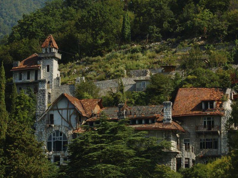 Старинная Гагра: владения принца и озеро Рица - экскурсия в Сочи