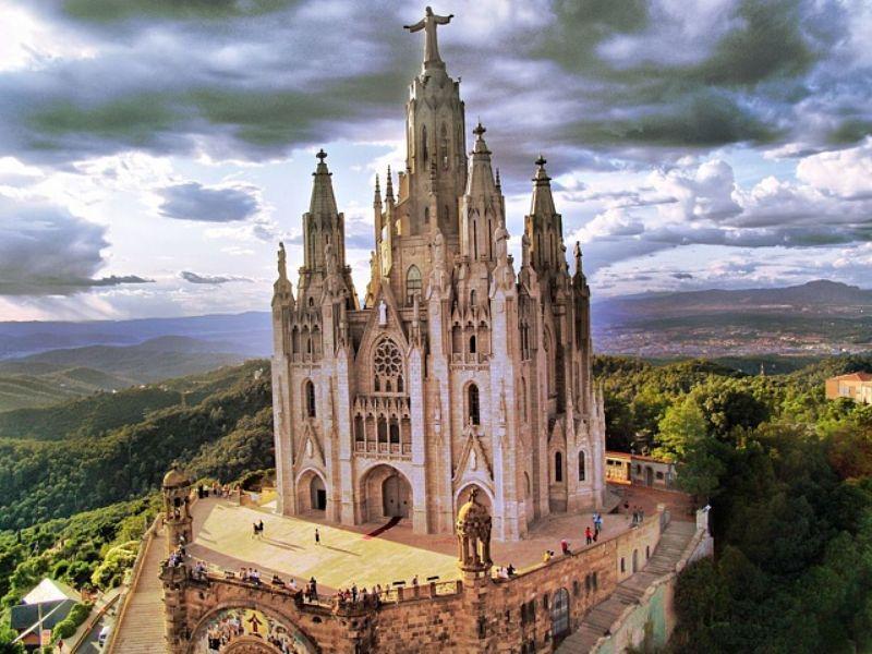 Священная гора Тибидабо - экскурсия в Барселоне