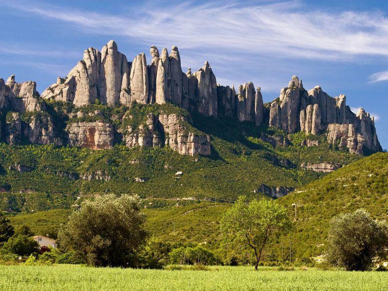 Монсеррат иМонтжуик— сердце изеленые легкие Каталонии - экскурсия в Барселоне