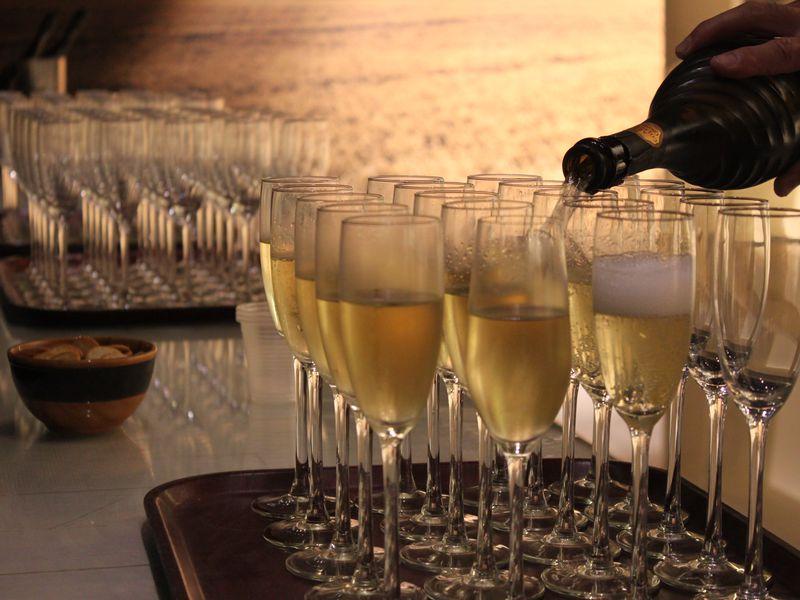 Семейная винодельня идегустация элитного игристого вина - экскурсия в Барселоне