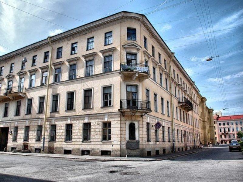 Гоголь и Достоевский в городе на Неве - экскурсия в Санкт-Петербурге