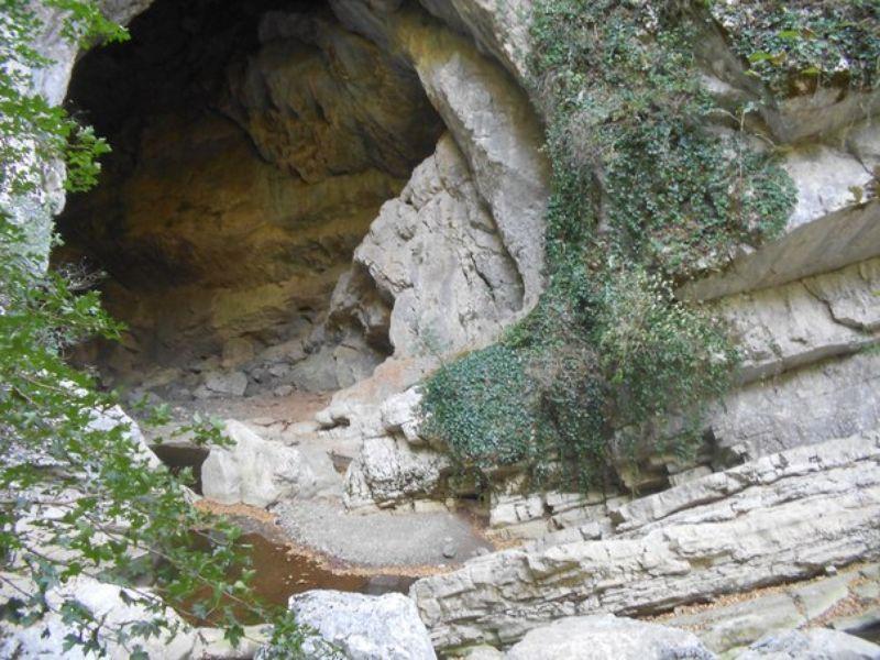 Пещера Магара— неандертальская «многооэтажка» - экскурсия в Кутаиси