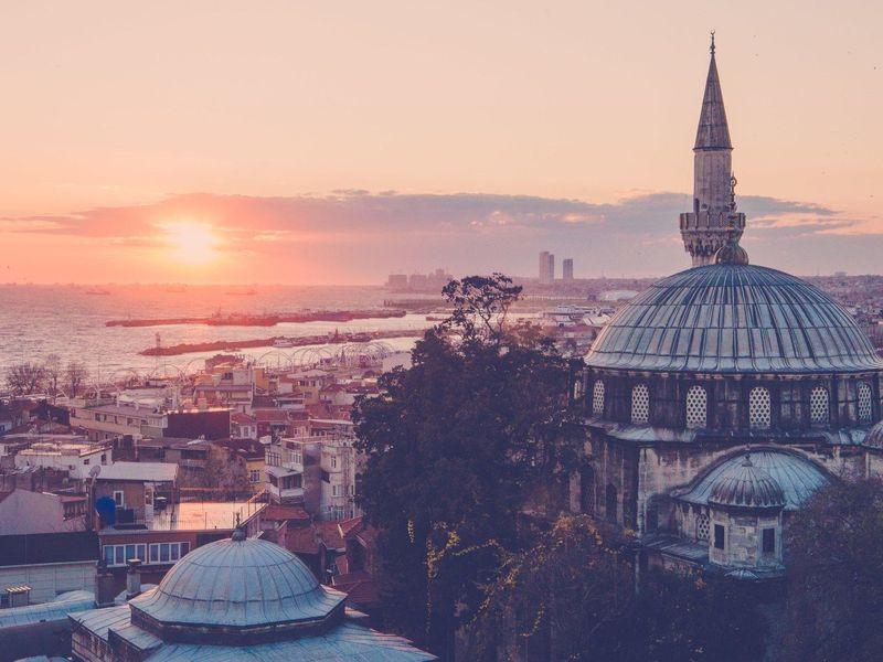 Кволшебному закату иночным фонарям Стамбула - экскурсия в Стамбуле