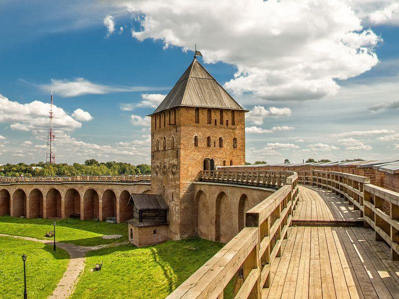 Экскурсия из Петербурга в Великий Новгород - экскурсия в Санкт-Петербурге