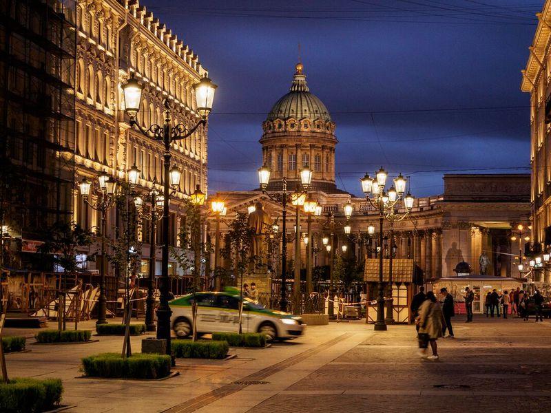 Ночной Петербург: прогулка на автобусе и теплоходе - экскурсия в Санкт-Петербурге