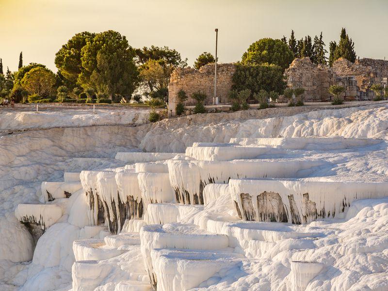 Памуккале и античный Иераполис - экскурсия в Белеке