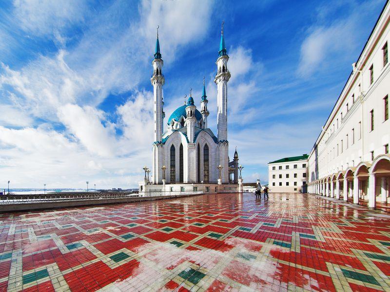 Поэпохам Казани— наавтомобиле! - экскурсия в Казани