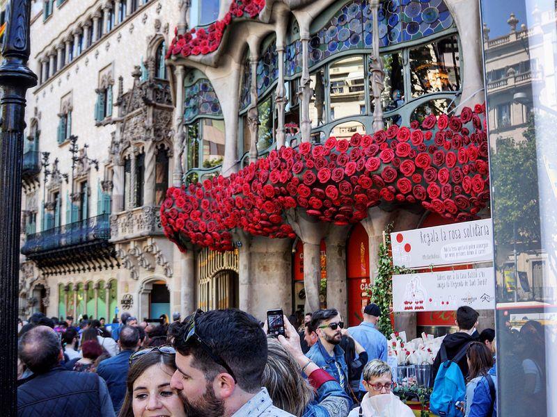 7 шедевров Барселоны за 4 часа на машине! - экскурсия в Барселоне