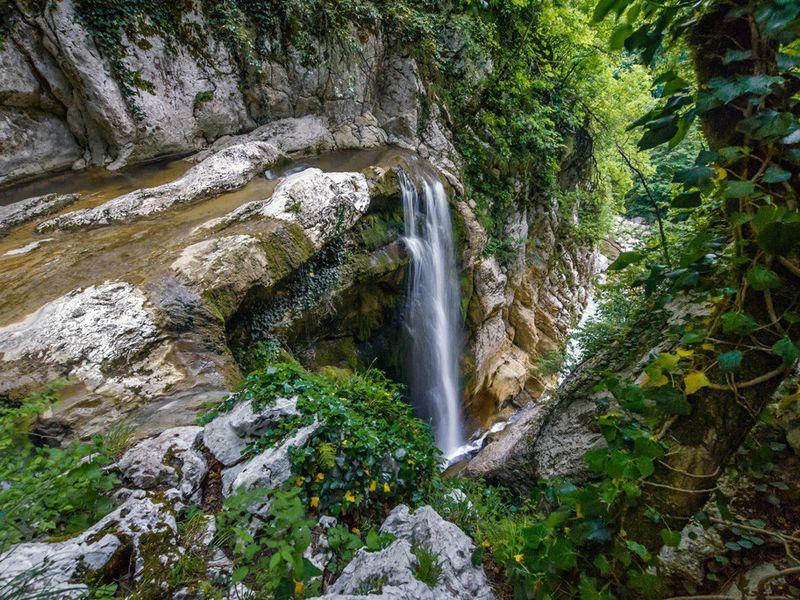 Два в одном: Агурское ущелье и Орлиные скалы - экскурсия в Адлере