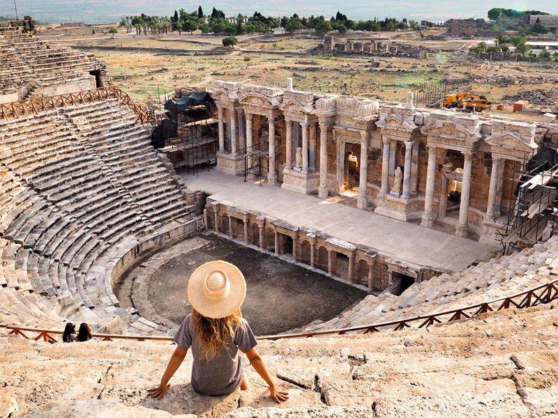 ИзБодрума— кПамуккале, древнему Иераполису ибассейну Клеопатры - экскурсия в Бодруме