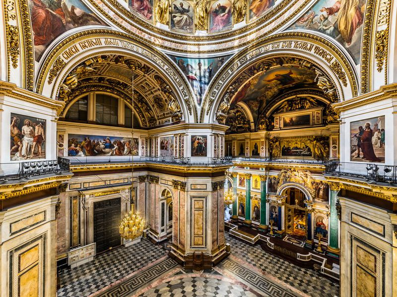 Исаакиевский собор снаружи и внутри - экскурсия в Санкт-Петербурге