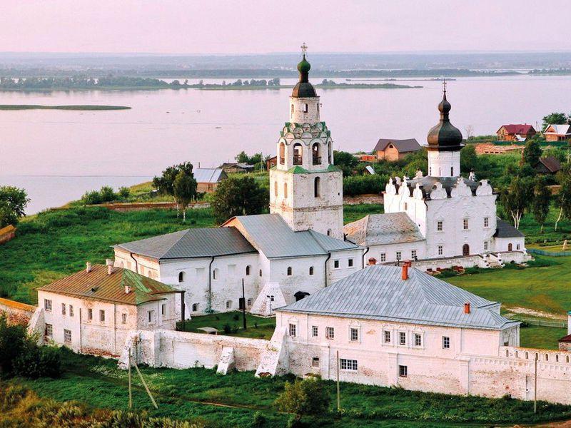 Из Казани— вСвияжск натеплоходе - экскурсия в Казани