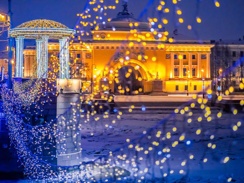 Новогодний квест по центру Петербурга - экскурсия в Санкт-Петербурге