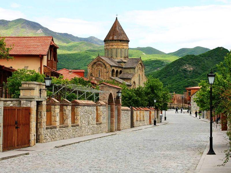 Монастырь Джвари, конная прогулка и улицы старого Тбилиси - экскурсия в Тбилиси