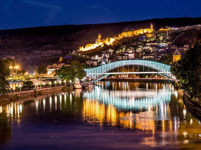 Мерцающий огнями Тбилиси - экскурсия в Тбилиси