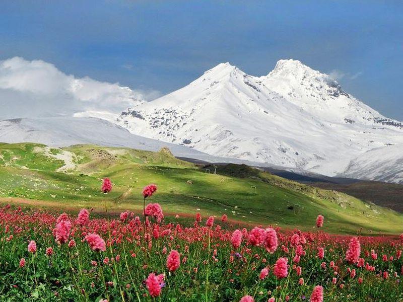 Ледяная поляна Азау и озеро Гижгит - экскурсия в Кисловодске