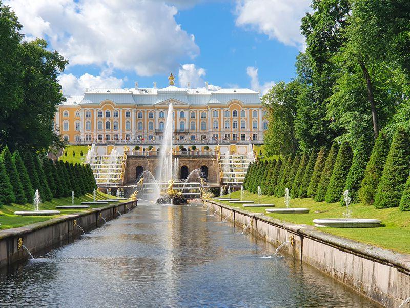 Петергоф иКронштадт: два города заодин день - экскурсия в Санкт-Петербурге