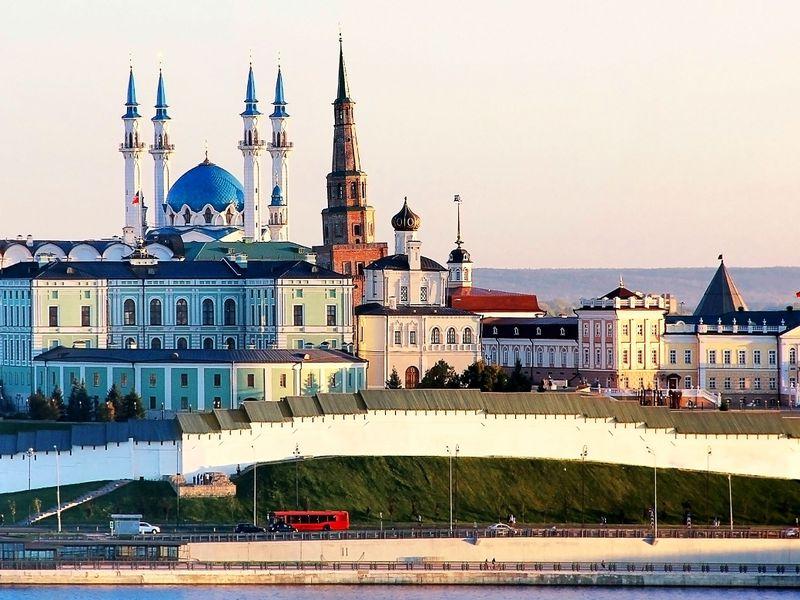 День вКазани сместным жителем: история, еда инепарадные дворы - экскурсия в Казани
