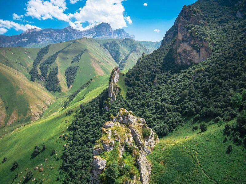 Джип-тур: Чегемские водопады, Эль-Тюбю иозеро Гижгит - экскурсия в Пятигорске