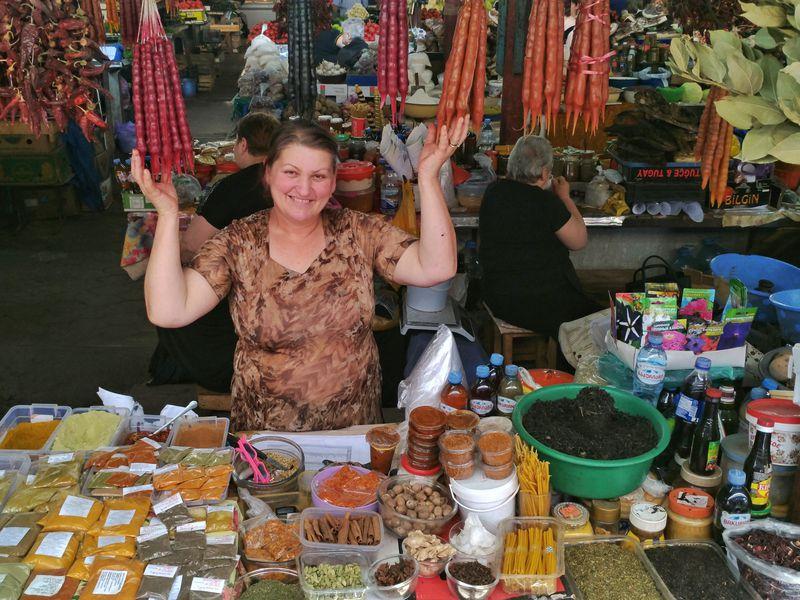 Пойдем набазар загрузинскими вкусностями! - экскурсия в Кутаиси