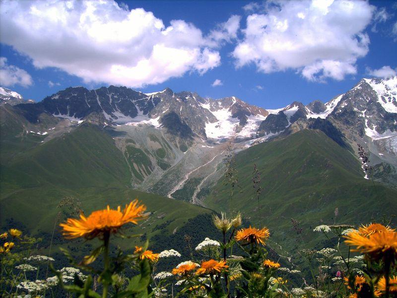 Вкраю орлов икрутых скал. Залегендарным вином Усахелаури - экскурсия в Кутаиси