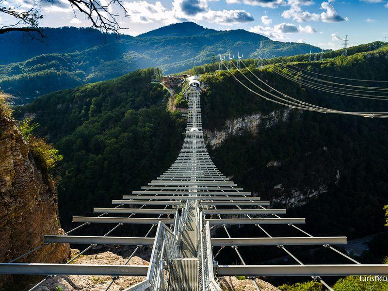 Чудеса долины реки Мзымта - экскурсия в Сочи