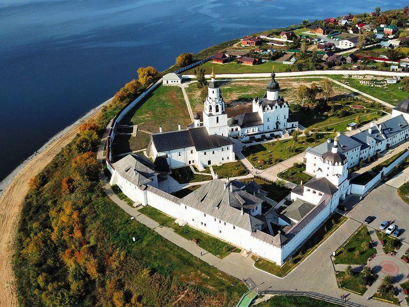 2в1: остров-град Свияжск и Голубые озёра - экскурсия в Казани