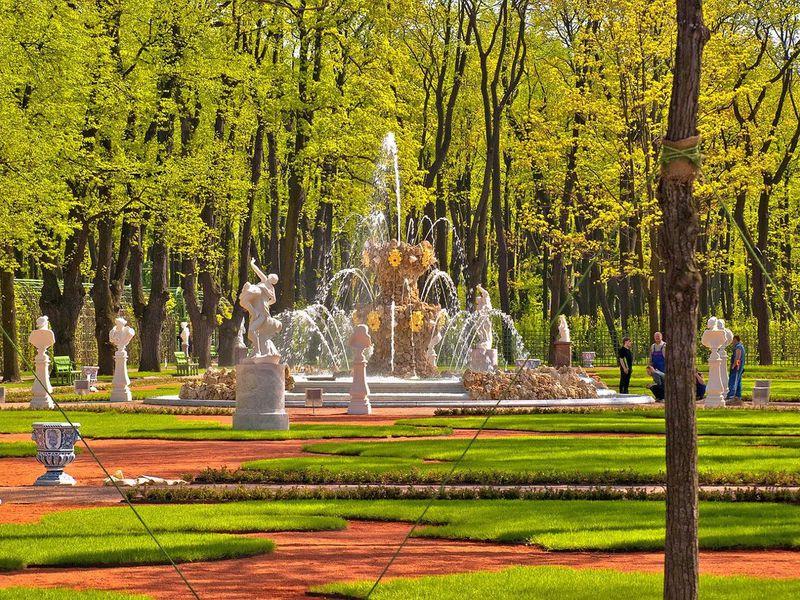 История исекреты петербуржских садов - экскурсия в Санкт-Петербурге