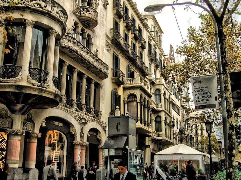 Свобода итворчество вГрасии - экскурсия в Барселоне