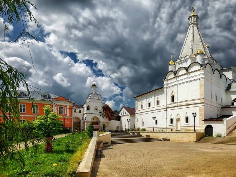 Серпухов извека ввек: экскурсия наавтомобиле - экскурсия в Серпухове