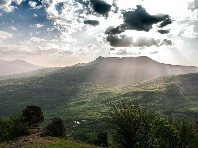 Трекинг из Алушты к вершине Южной Демерджи - экскурсия в Алуште