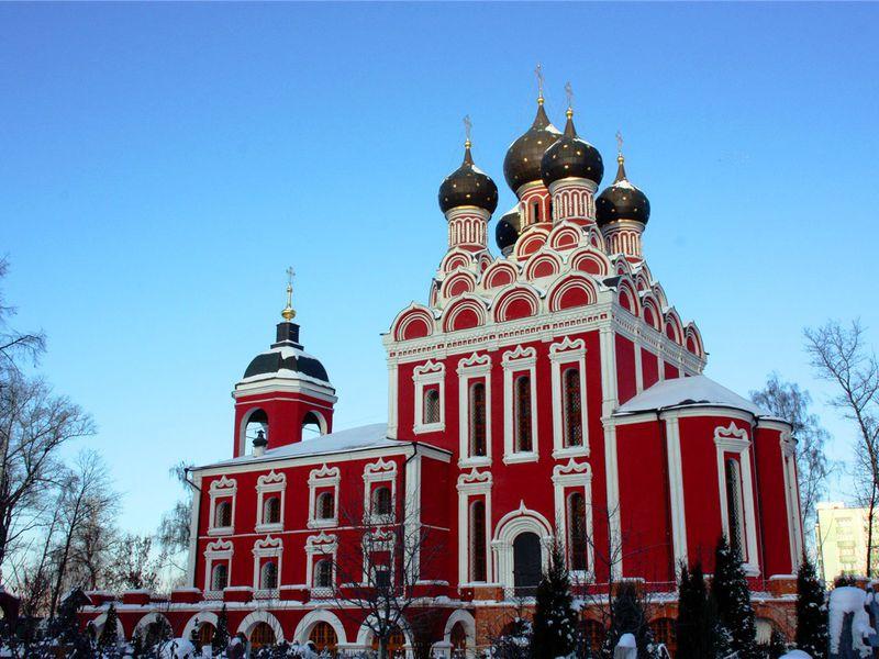Ростокино: путевые дворцы, Смутное время и Выставка достижений - экскурсия в Москве