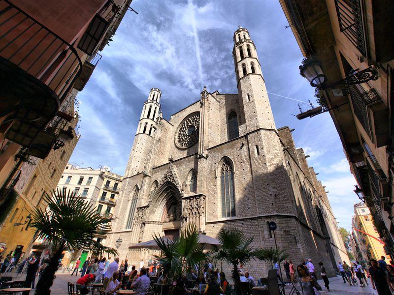 Квартал ведьм и секреты Барселонеты - экскурсия в Барселоне