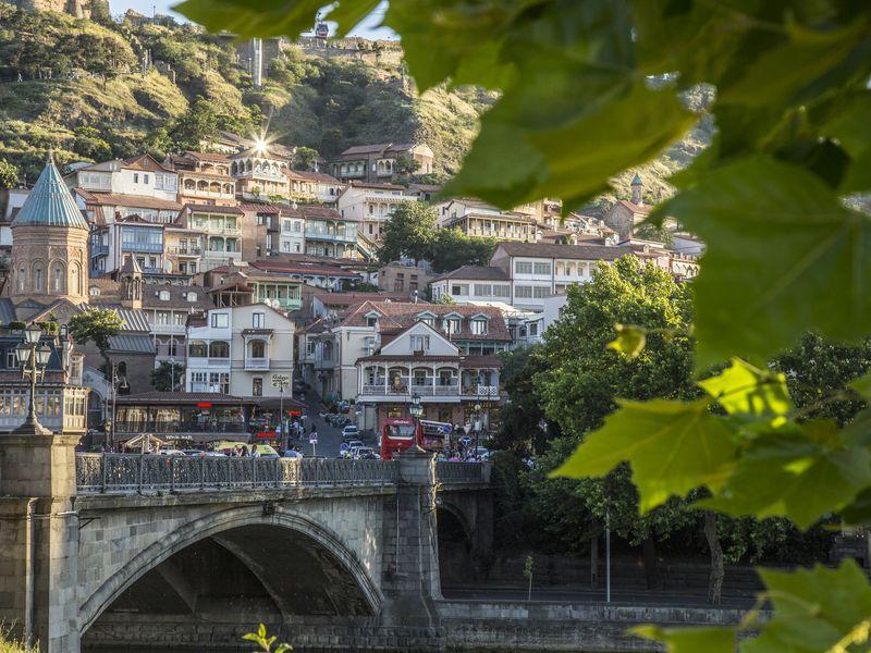 Нескучная прогулка с коренным тбилисцем - экскурсия в Тбилиси