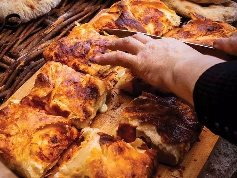 Боржоми, Вардзия и месхетинская кухня - экскурсия в Тбилиси