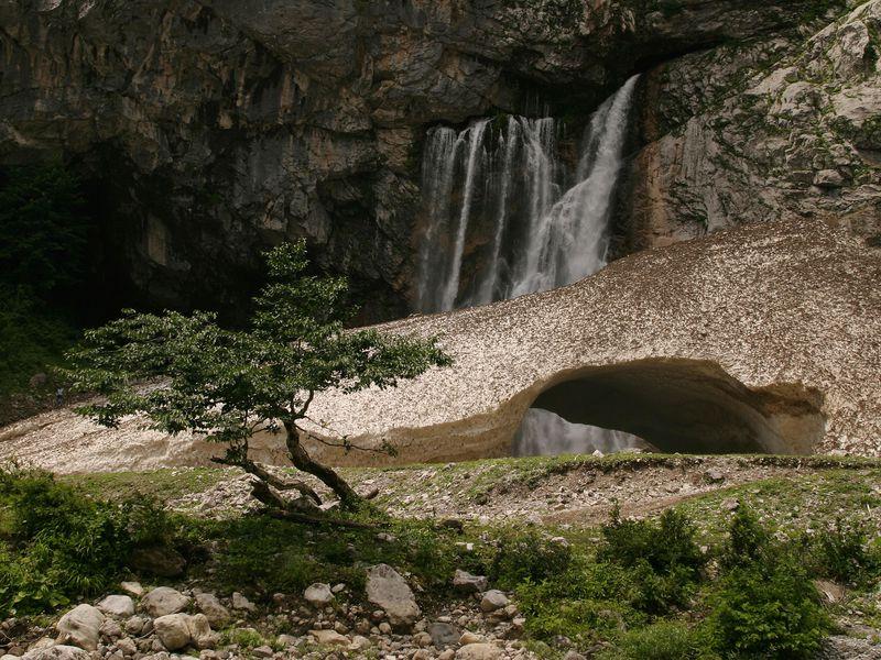 Джип-тур вАбхазию: Гегский водопад, онже Гега, онже Зоу - экскурсия в Адлере