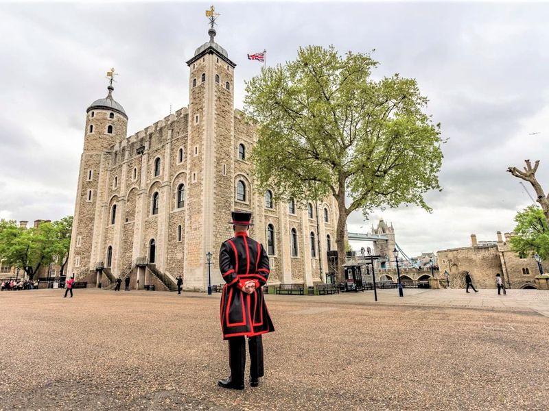 Истории и сокровища Тауэра - экскурсия в Лондоне