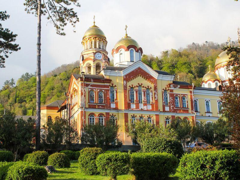 Сокровища Абхазии - экскурсия в Адлере