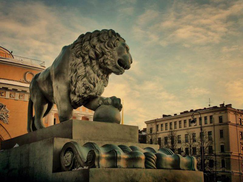 Львы Петербурга: новые приключения итальянцев вРоссии - экскурсия в Санкт-Петербурге