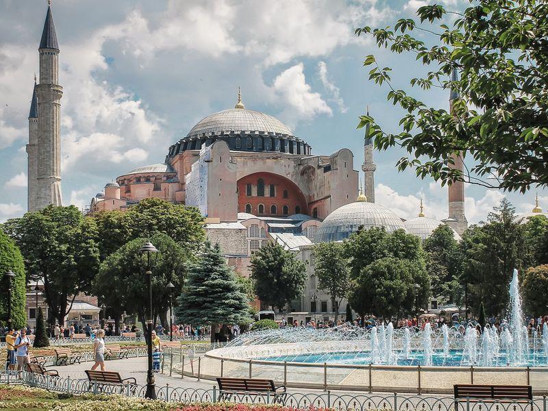 Роковые женщины империй - экскурсия в Стамбуле