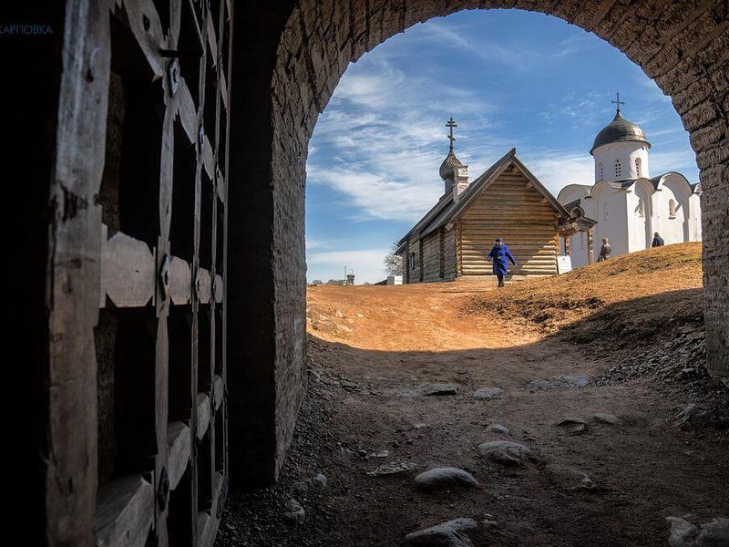 ИзПетербурга— вСтарую Ладогу иТихвин - экскурсия в Санкт-Петербурге