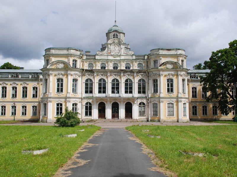 Императорские загородные усадьбы - экскурсия в Санкт-Петербурге