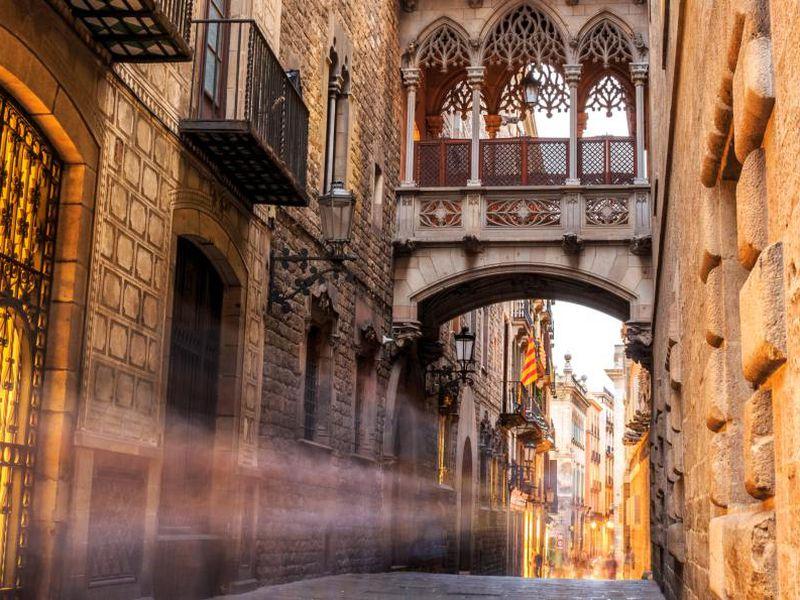 Готический квартал — путешествие сквозь столетия - экскурсия в Барселоне