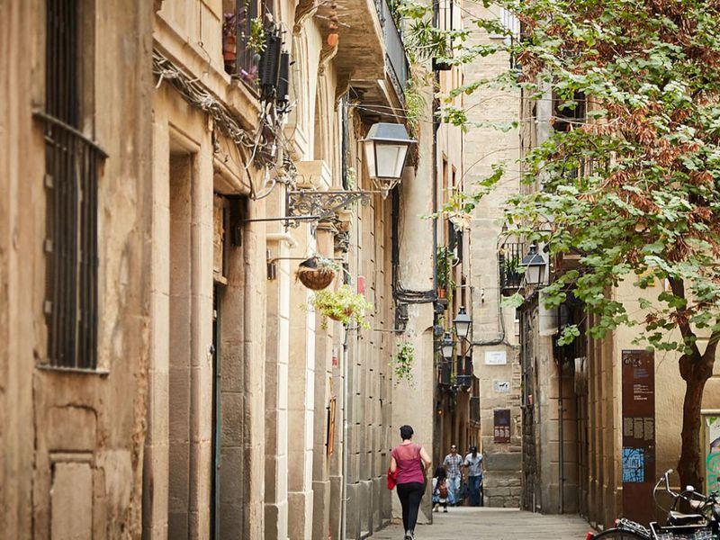 Коридоры времени, или приключение вГотическом квартале - экскурсия в Барселоне