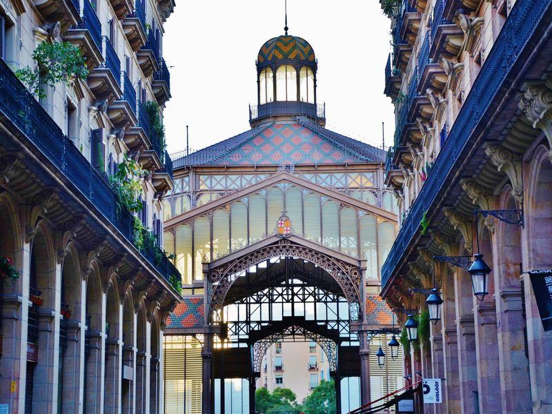 Забыть овремени вквартале Эль Борн - экскурсия в Барселоне
