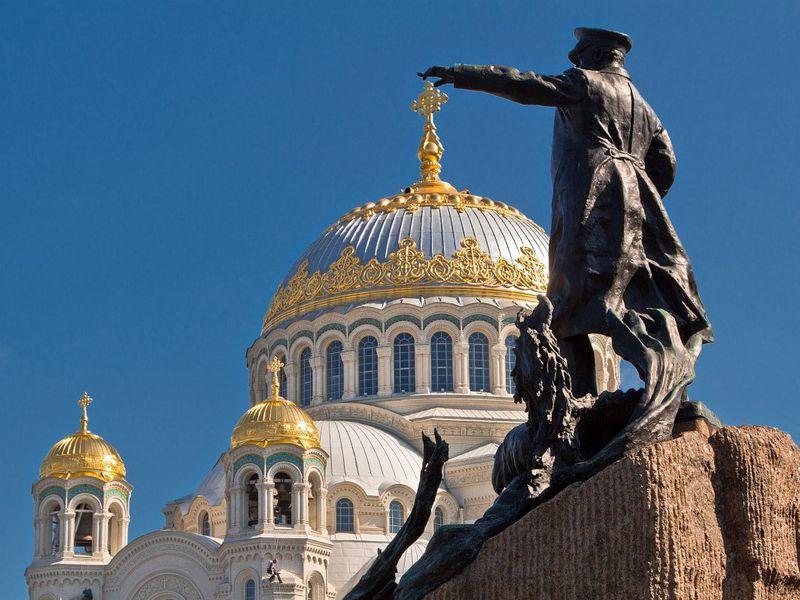 Понять величие Кронштадта - экскурсия в Санкт-Петербурге