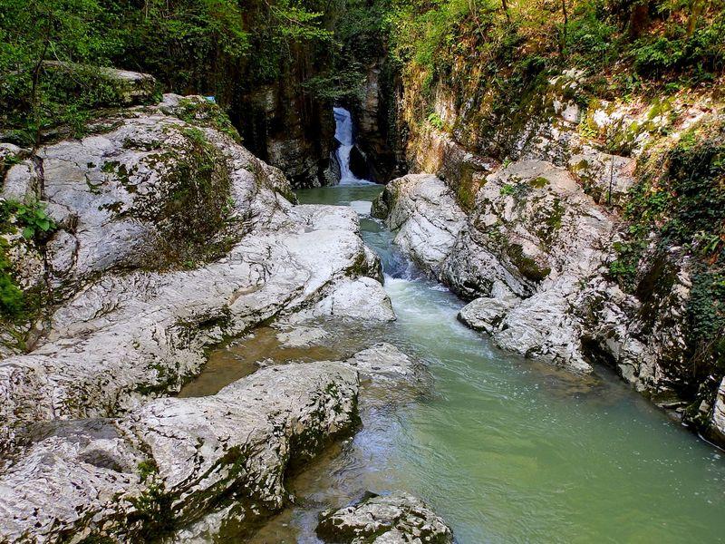 Путешествие в Агурское ущелье - экскурсия в Сочи