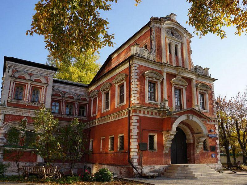 Московская Венеция: прогулка по Болотному острову - экскурсия в Москве
