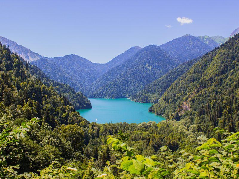 Три в одном: озеро Рица, Новый Афон и Пицунда - экскурсия в Адлере