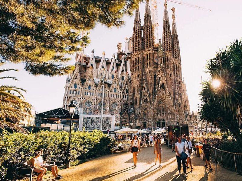 Барселона римская, средневековая, модернистская - экскурсия в Барселоне